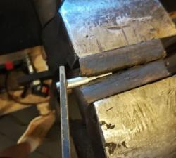 Fabrication d'un percuteur à partir d'une pièce brute